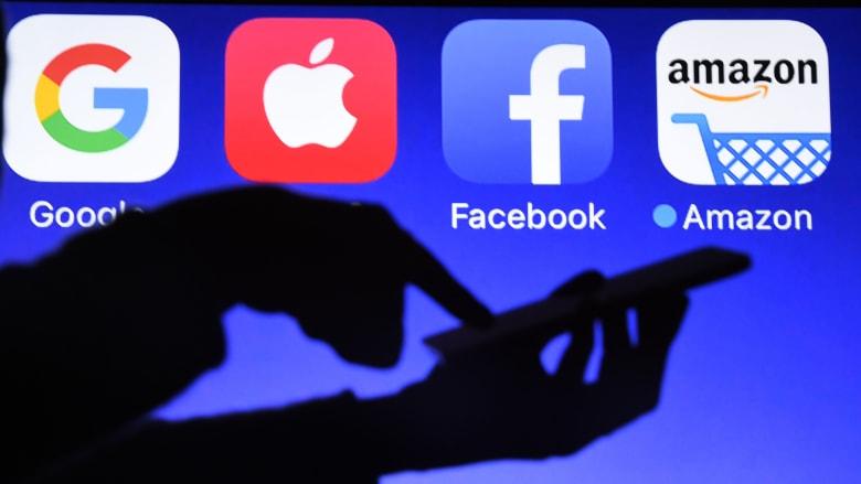 """كيف تتعامل شركات التكنولوجية العملاقة مع تقنية """"البلوك تشين"""""""