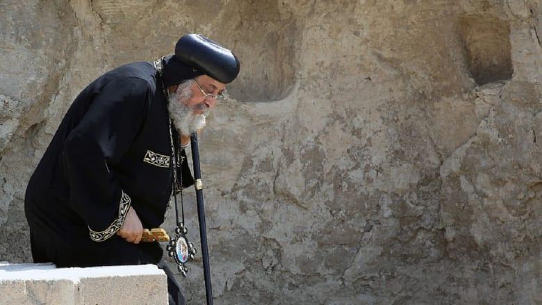الكنيسة المصرية تجرد راهبا وتطرده: أصلح حياتك