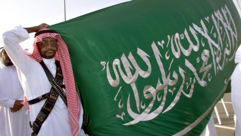 قرقاش عن الأزمة السعودية الكندية: لابد من التمييز بين ملفين