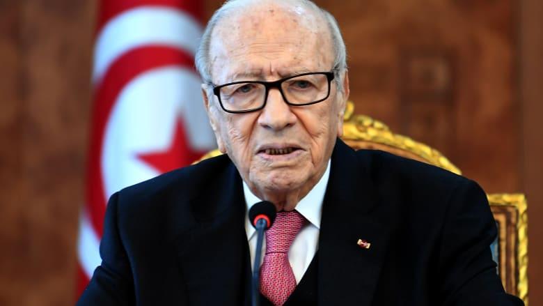 السبسي: تونس دولة مدنية مرجعها الدستور.. ولا علاقة لنا بالدين أو القرآن