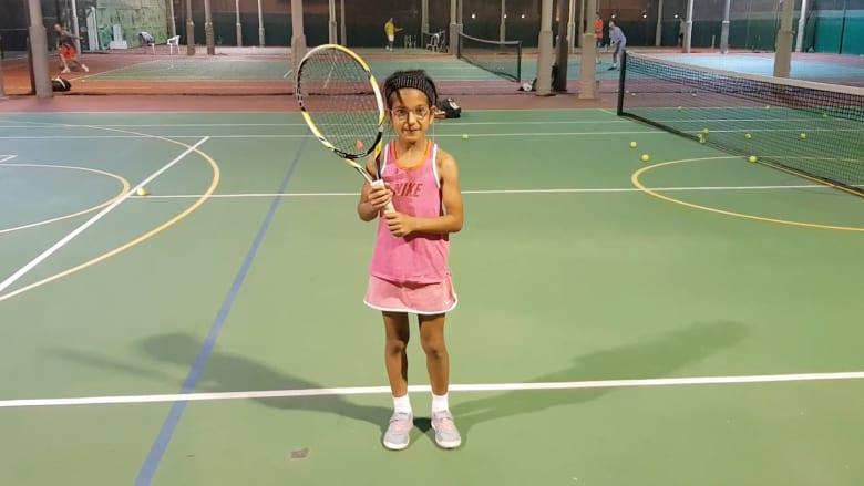 هل هذه الطفلة أصغر لاعبة تنس عربية محترفة؟