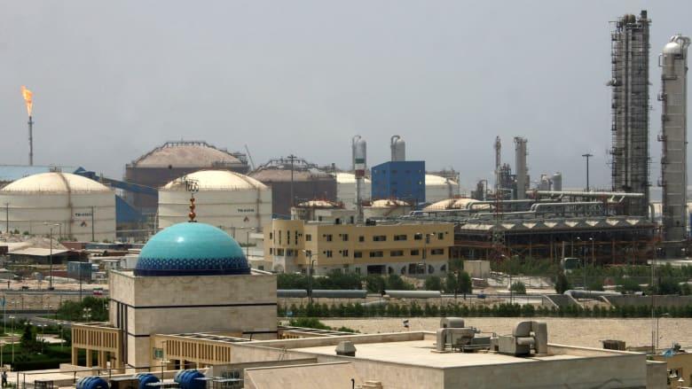 الصين تتجاهل العقوبات الأمريكية وتعزز تجارتها مع إيران