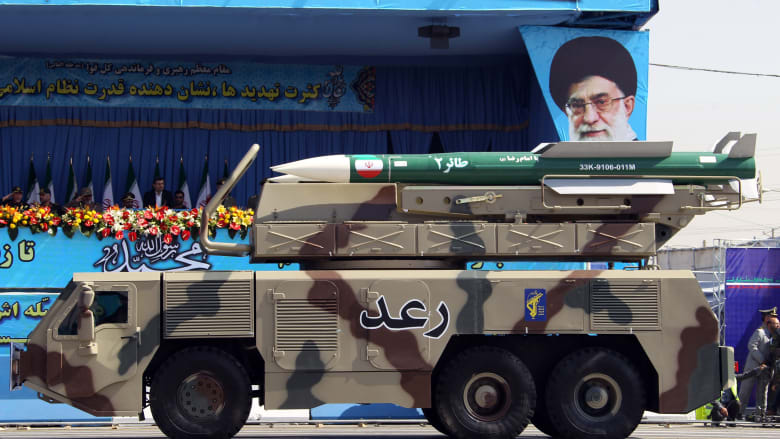 الحرس الثوري الإيراني يتبنى إطلاق الصواريخ على كردستان