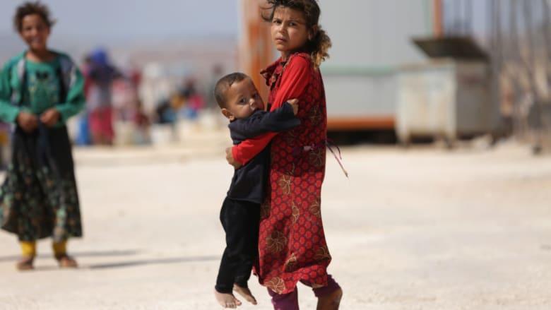 """أطفال بين ضحايا """"قصف إدلب"""".. ومسؤول حكومي لـCNN: ضرباتنا دقيقة"""