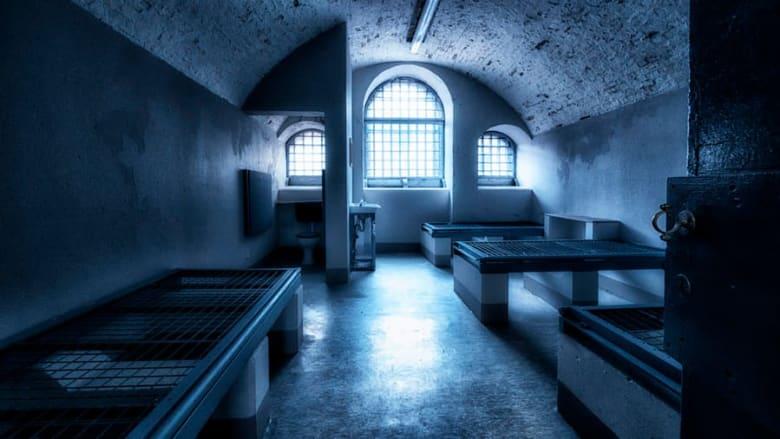 """""""جحيم على الأرض"""".. ما هو الماضي المظلم لسجن """"ألكتراز"""" الإيرل"""