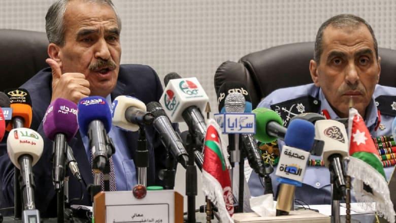"""بعد جدل """"مهرجان قلق"""".. كيف تصرف وزير الداخلية الأردني مع """"التلال السبعة""""؟"""
