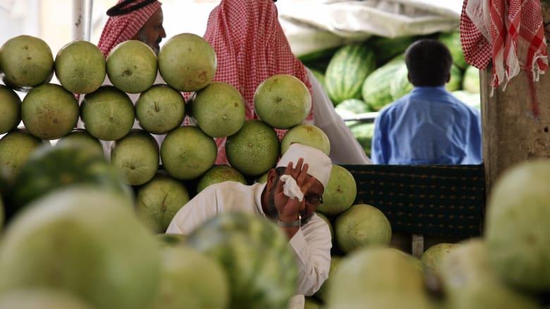 مكافحة التستر.. هل تقضي على بطالة السعوديين؟