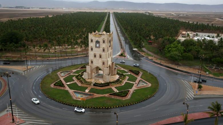 طفرة عُمانية وصدارة إماراتية وتقدم سعودي في تنافسية الاقتصاد