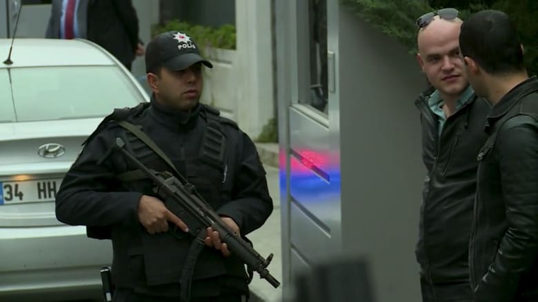 لحظة وصول فريق التحقيق إلى منزل القنصل السعودي باسطنبول