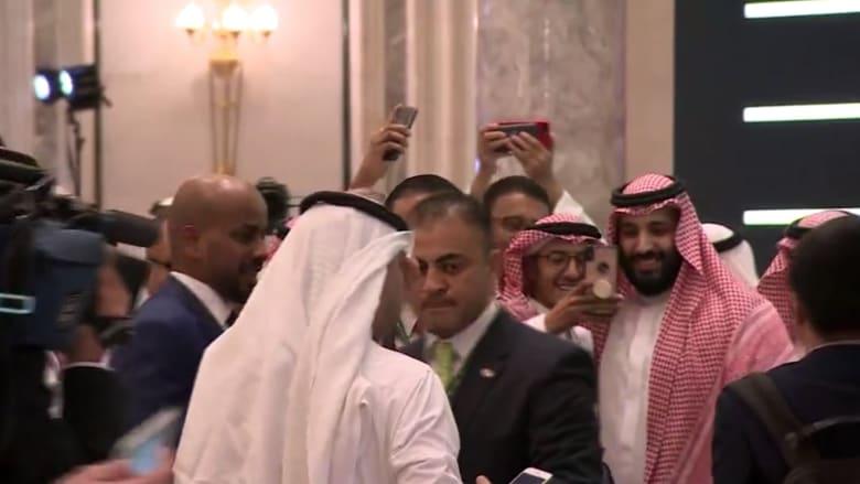 شاهد.. ولي العهد السعودي يشارك في منتدى قمة الاستثمار