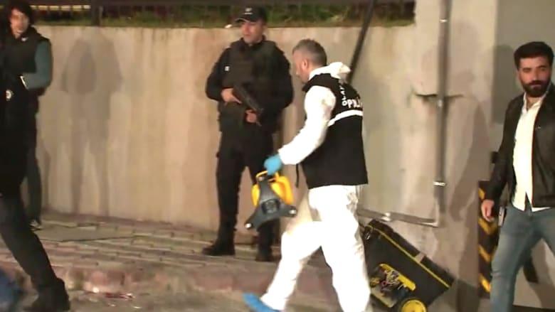 ضباط أتراك وسعوديون يعثرون على حقيبتين داخل سيارة للقنصلية
