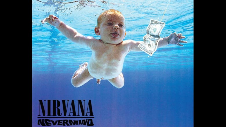 """غلاف ألبوم فرقة الروك نيرفانا الثاني """"نيفيرمايند"""" بعدسة المصور الفوتوغرافي كيرك ويدل."""