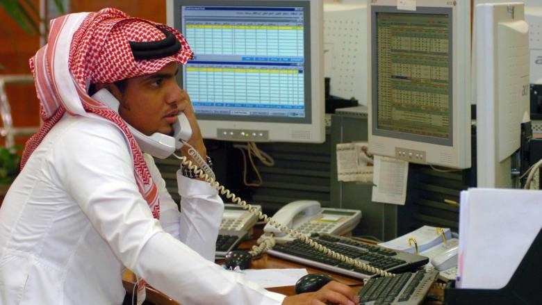 تعرف على متوسط مستحقات العاملين الشهرية بالسعودية وإنتاجيتهم