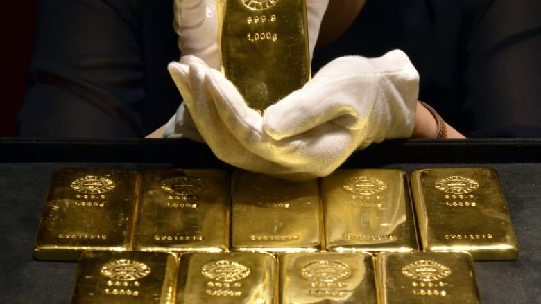 ما هي العوامل التي تؤثر على سعر الذهب؟