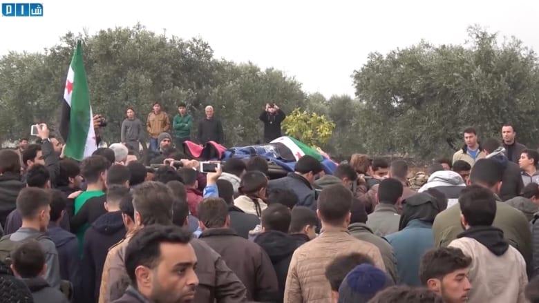 تشييع الناشطين السوريين رائد الفارس وحمود الجنيد في كفرنبل
