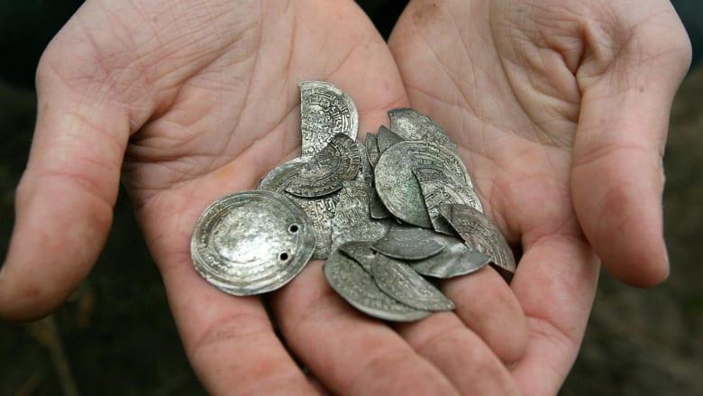 ما هي أبرز العوامل التي تؤثر على أسعار الفضة؟