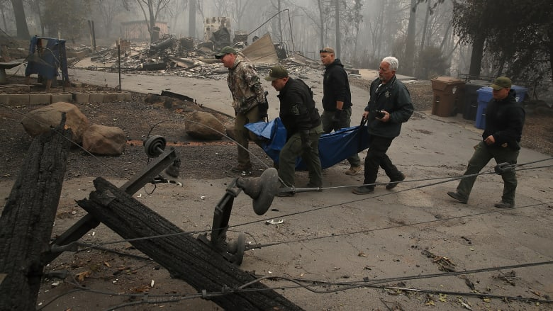 بعد أسبوعين.. اكتمال السيطرة على أسوأ حريق مدمر بكاليفورنيا