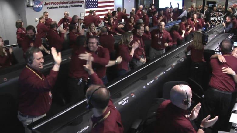 """""""إنسايت"""" يهبط على المريخ بعد رحلة استغرقت 7 شهور بالفضاء"""
