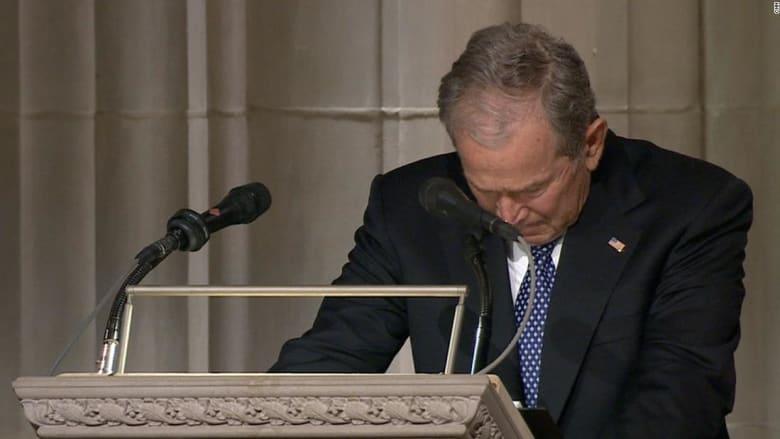 شاهد.. بكاء بوش الابن خلال وداع والده