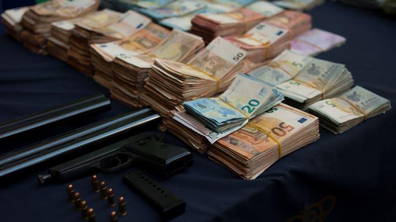 في اليوم العالم لمكافحة الفساد.. كم تبلغ تكلفته على العالم؟