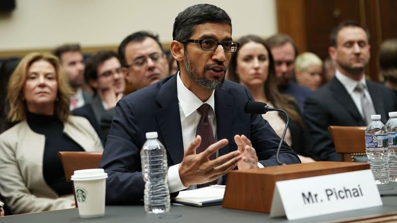 بماذا أجاب مدير غوغل التنفيذي الكونغرس حول جمع المعلومات؟