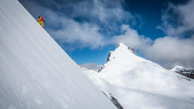 هذا هو الرجل الذي يقهر الجبال