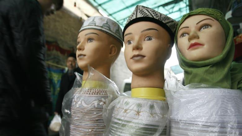 جولة طعام في أحد أكبر الأحياء المسلمة بالصين