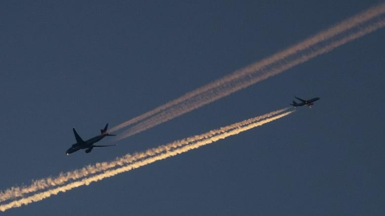 فوضى في ثاني أكبر مطارات بريطانيا بعد رصد طائرات مسيرة