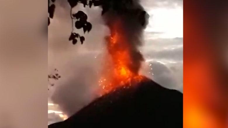 تسونامي إندونيسيا.. انهيار أرضي تحت الماء بسبب نشاط بركاني