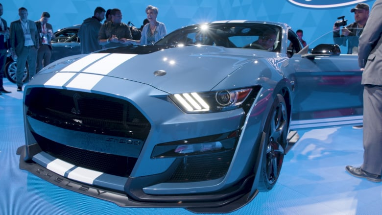 سيارة فورد الجديدة شيلبي GT500 هي الأقوى للشركة على الإطلاق
