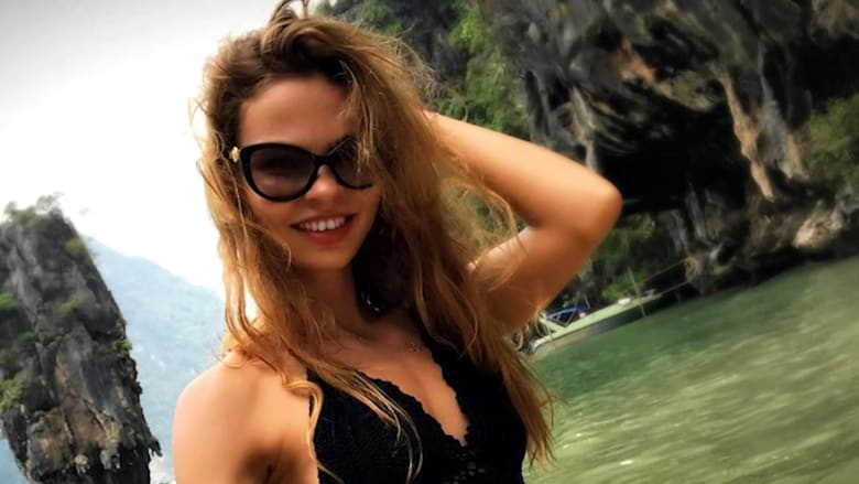بعد إطلاق سراحها.. مدربة الجنس الروسية تتوعد بكشف المستور