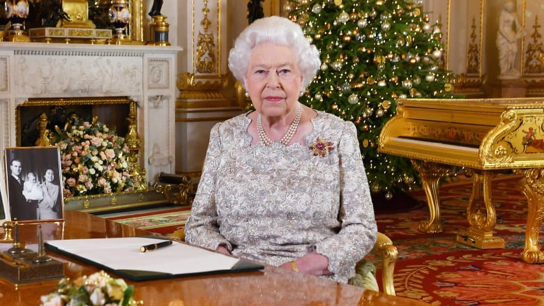 تدخل الملكة إليزابيث بسياسة بريطانيا لا تحدث كثيرا.. والسبب؟