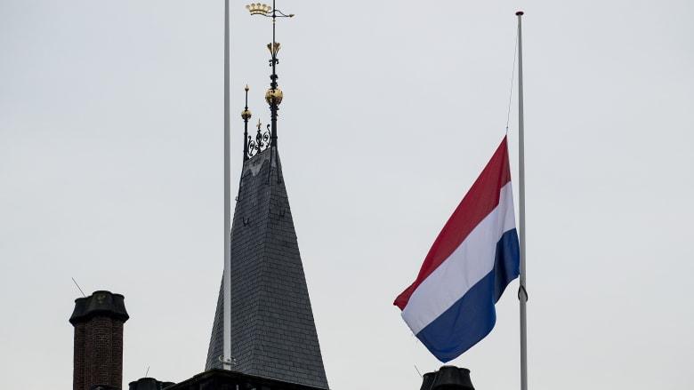 """انفجار في مدينة لاهاي الهولندية وأنباء عن """"عالقين"""""""