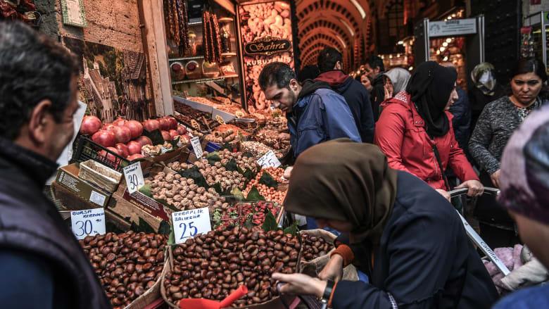 بعد انخفاضه لثلاثة أشهر.. التضخم يعاود الارتفاع في تركيا