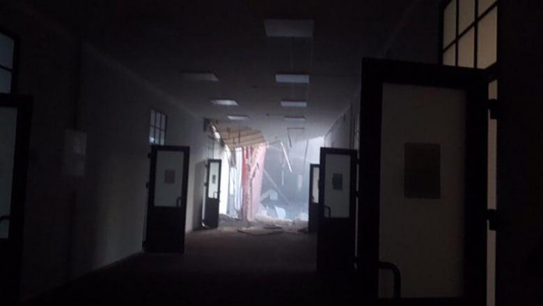 فيديو يظهر لحظة انهيار جزئي لجدران جامعة في روسيا