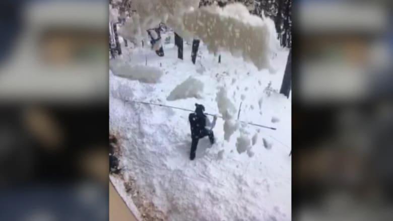 بدلاً من إنقاذه.. هذا ما فعلته أمريكية دُفن زوجها تحت الثلوج