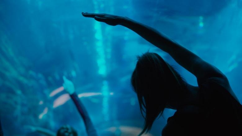 يوغا تحت الماء