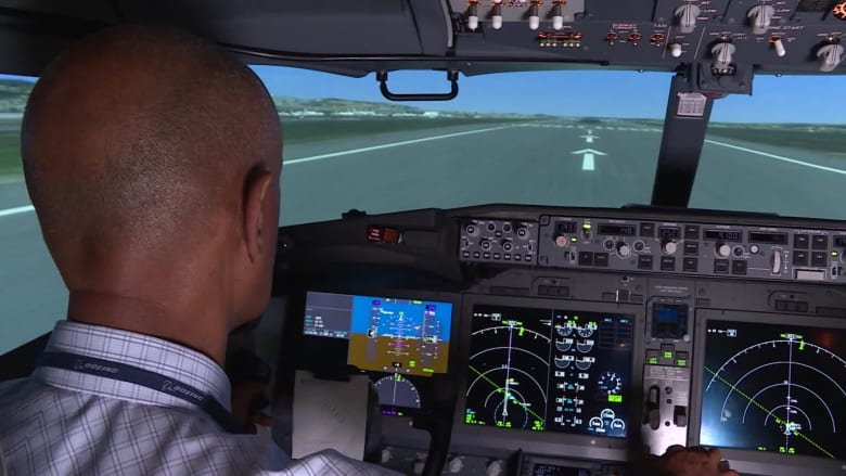 بعد حادثي ليون أير وأثيوبيا.. CNN داخل جهاز محاكاة 737 ماكس