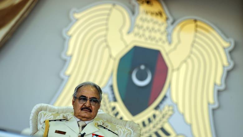 """حفتر يوجه رسالة لوحداته العسكرية من غرفة عمليات """"تحرير طرابلس"""".. هذا أبرز ما جاء فيها"""