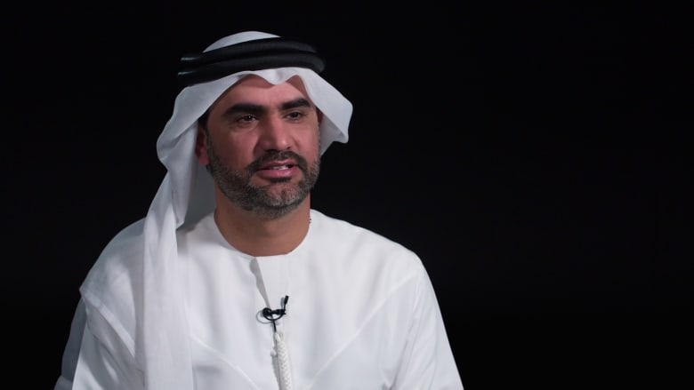 بوستر.. التجربة الفنية الإماراتية
