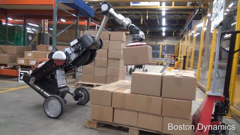 """الروبوت """"هاندل"""" صمم خصيصا للعمل في المستودعات"""