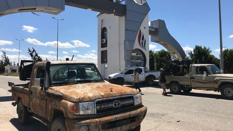الوفاق تعلن السيطرة على مطار طرابلس.. والجيش الوطني: تم استرجاعه