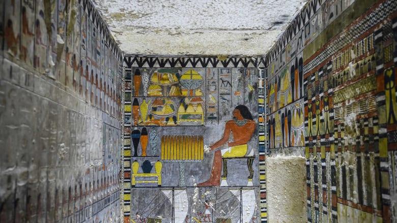 ما هو الأمر الذي حير العلماء في هذه المقبرة المصرية الملونة؟