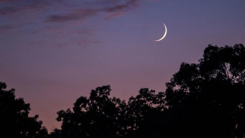 مركز الفلك الدولي يحدد موعد بداية شهر رمضان 2019