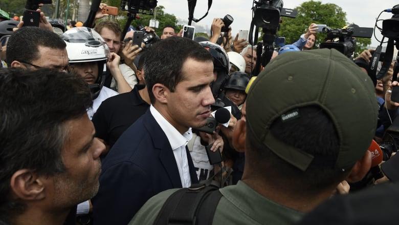 أمريكا تعلن موقفها من محاولة الانقلاب العسكري في فنزويلا