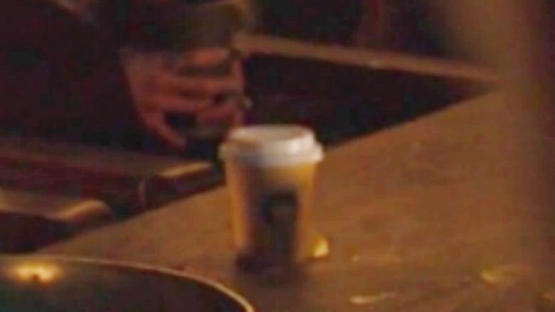 """هل فاتك مشهد فنجان القهوة في """"لعبة العروش""""؟"""