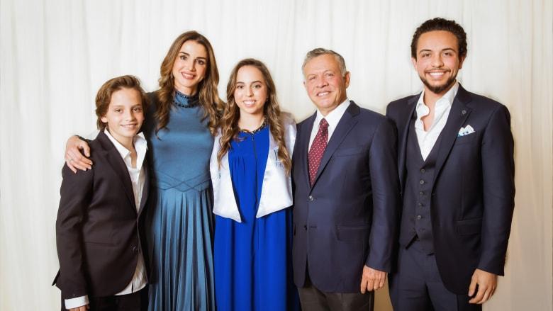 شاهد.. إفطار عائلي للملك عبدالله الثاني مع الملكة رانيا