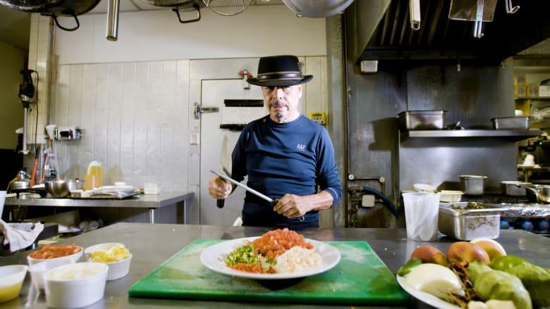 طاه يضع لمسته المكسيكية الخاصة في أطباق الجنوب الأمريكي