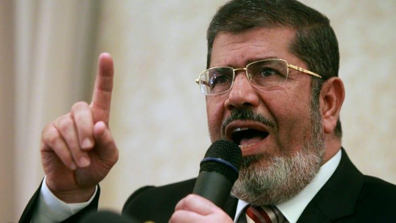 """""""قتلناك يا آخر الأنبياء"""" و""""صلوا عليه وسلموا تسليما"""".. ضجة تثيرها كرمان بنعي محمد مرسي"""