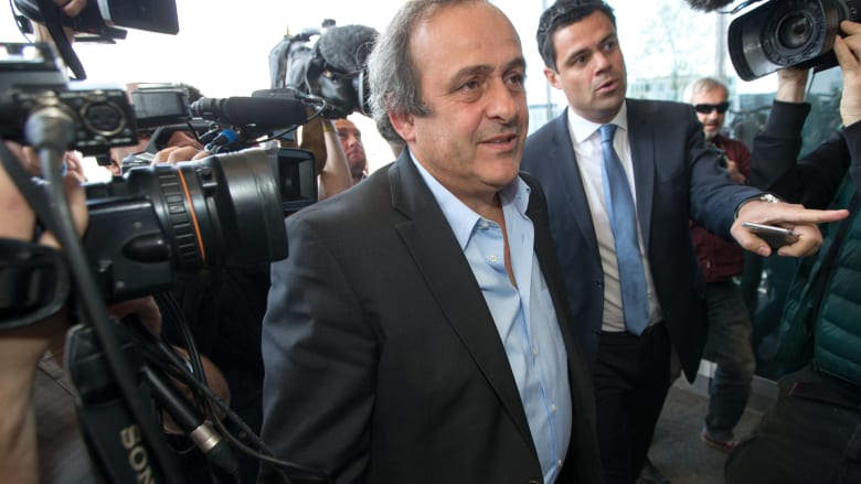 """محاميه لـCNN: إطلاق سراح بلاتيني بعد تحقيقاتٍ """"فساد بقطر 2022"""""""
